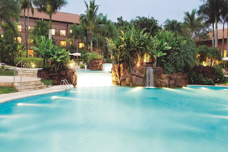 IGUAZU GRAND piscinas